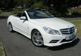 Mercedes-E350-CDI-Convertible-Blue-Efficiency-Sport-Tip