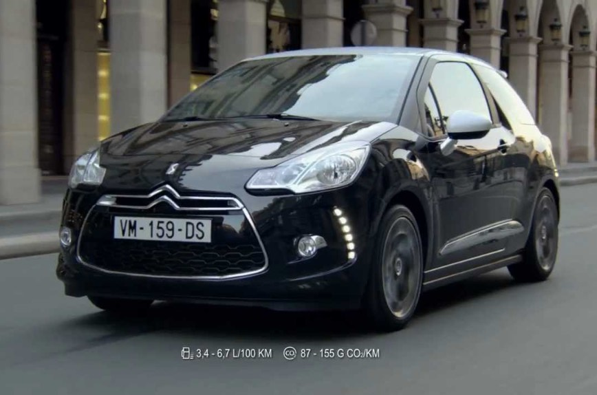 citroen-ds3-slap-pub