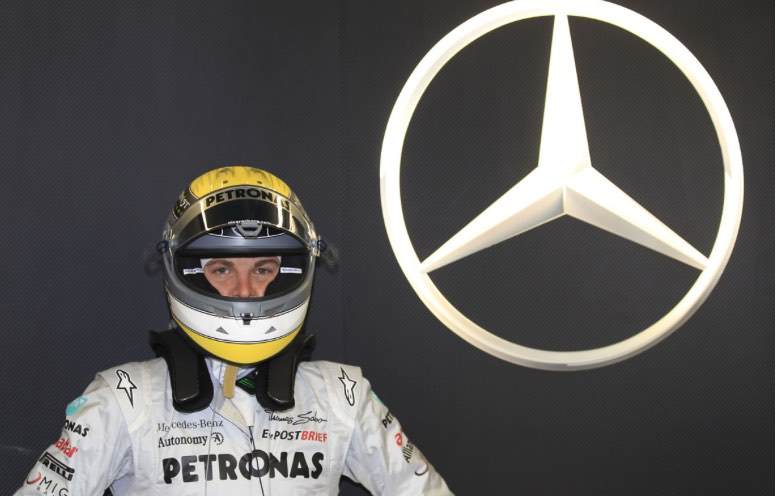 mercedes-formule1-2011-photo-pilote